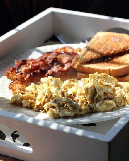 scrambled-eggs-448363_1280